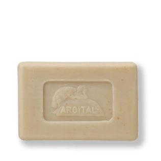 Natuurlijke zeep met groene klei